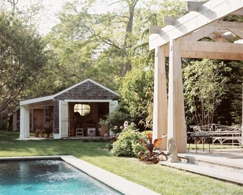 ออกแบบที่นั่งเล่น นอกบ้าน