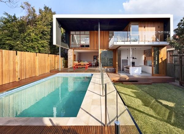 ออกแบบสระว่ายน้ำหน้าบ้าน
