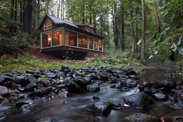 บ้านไม้ ต่างระดับ ริมลำธาร น้ำตก