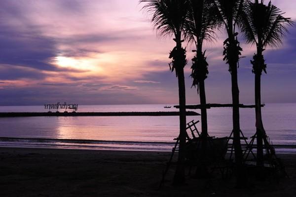 หาดเจ้าสำราญ เพชรบุรี