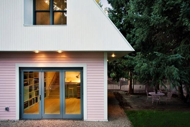 แบบบ้านไม้ หลังคาหน้าจั่ว 2 ชั้น