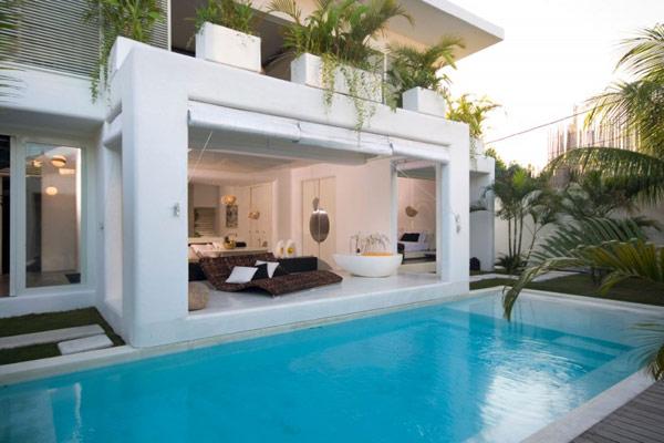 แบบสระว่ายน้ำสวยๆ หน้าบ้าน
