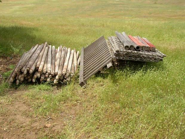 วัสดุ ท่อนไม้ สำหรับสร้างกระท่อม