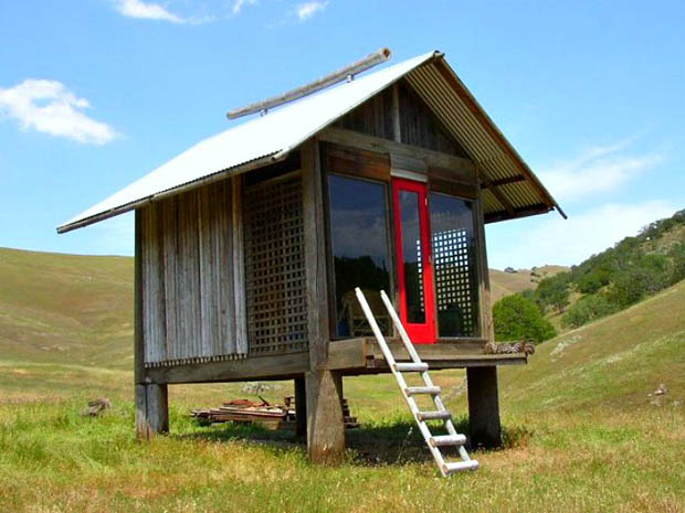 แบบบ้านกระท่อมไม้ ขนาดเล็ก ยกพื้น มีใต้ถุน