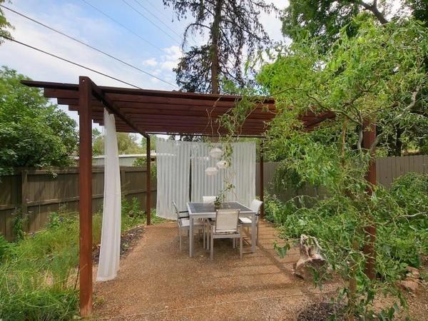 ไอเดีย จัดสวนนั่งเล่น ข้างบ้าน ซุ้มไม้ระแนงสำเร็จรูป