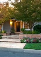 จัดสวนทางเดินหน้าบ้าน สวนดอกไม้ ร่มรื่นย์