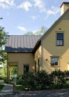 แบบบ้านไม้ฝาเฌอร่า สีเหลือง 2 ชั้นขนาดใหญ่