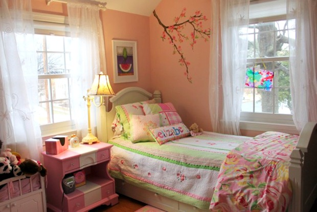 ตกแต่งห้องนอนสไตล์คอนเทมโพรารี่ สีเขียว ชมพู ส้ม