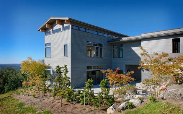 สร้างบ้าน 2 ชั้นครึ่ง หลังใหญ่