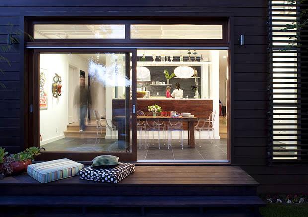 แบบระเบียงไม้ ไม้ระแนง หน้าบ้าน สำหรับนั่ง นอนเล่น