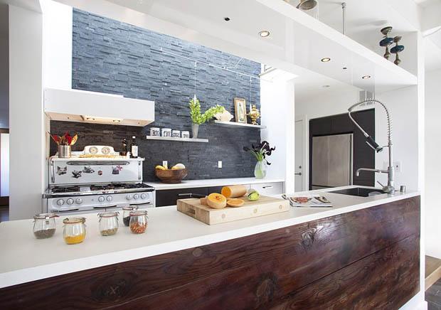 แบบเคาท์เตอร์ ห้องครัว รูปทรงทันสมัย สำหรับบ้านไม้ขนาดเล็ก