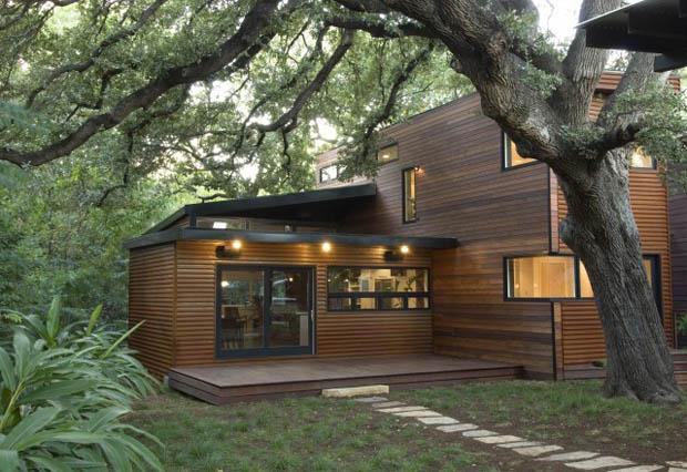แบบบ้านไม้ 2 ชั้น รูปทรงโมเดิร์นทันสมัย