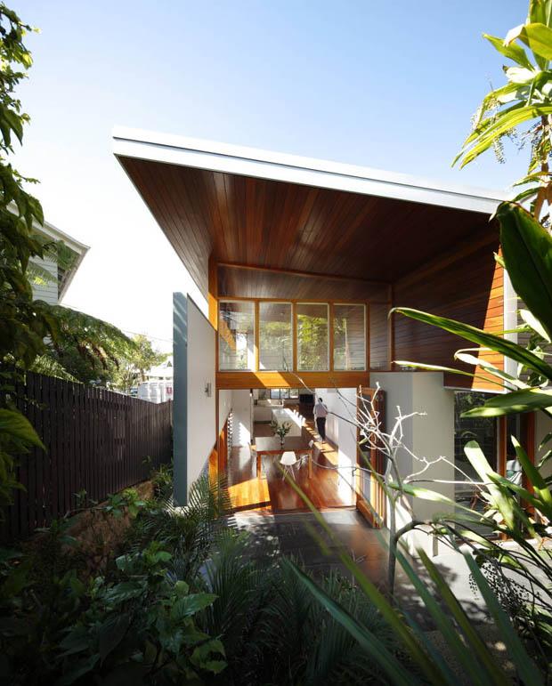 จัดสวนให้บ้านชุ่มชื้น