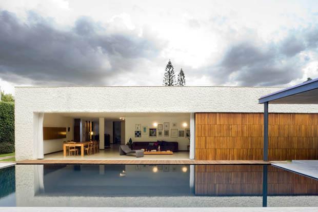 แบบสระว่ายน้ำ สร้างไว้ในบ้าน