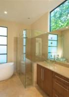 ตกแต่งห้องน้ำ มีอ่างอาบน้ำ