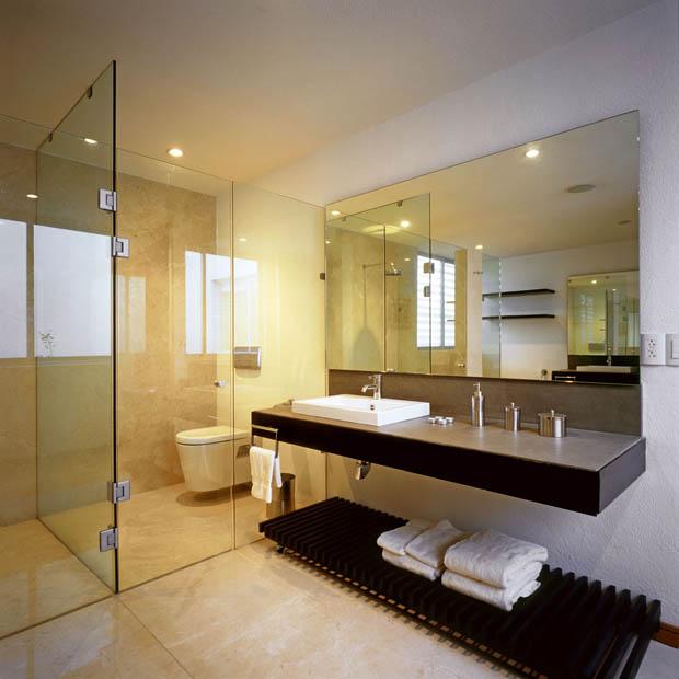 Home Design Ideas Hindi: แบบบ้าน 3 ชั้น โรงจอดรถใต้ดิน 3 ห้องนอน 4 ห้องน้ำ