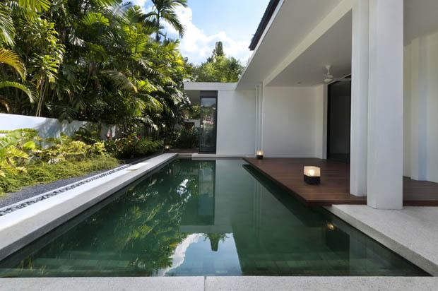 แบบสระว่ายน้ำขนาดเล็ก สร้างไว้ข้างบ้าน