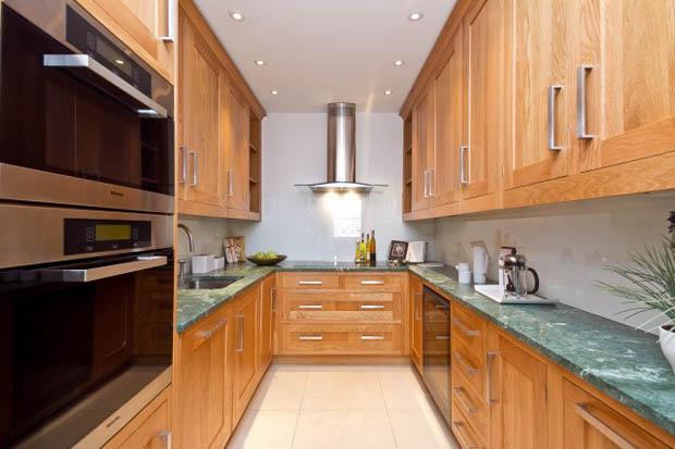 ครัวไม้ ห้องครัวไม้ ในคอนโดมิเนี่ยม