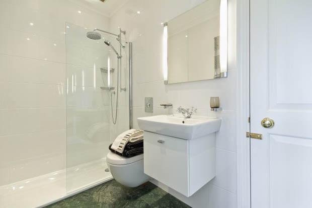 ห้องน้ำ ห้องอาบน้ำ เล็กๆ ในคอนโด