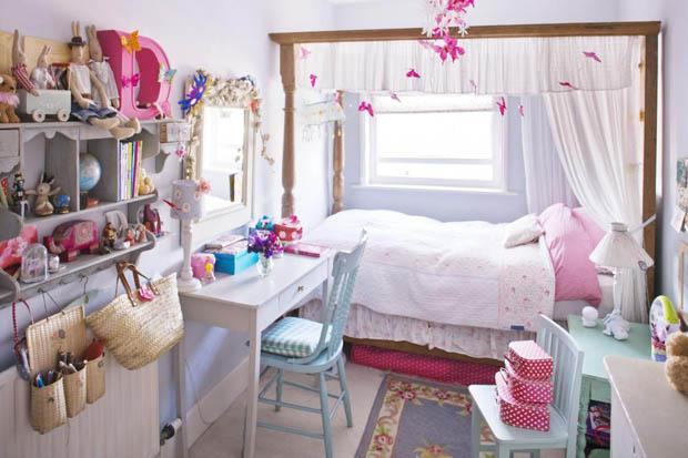 โต๊ะทำงานในห้องนอน วินเทจ สีชมพู ขาว
