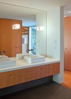กระจกห้องน้ำ บานใหญ่ ติดผนังห้องน้ำ