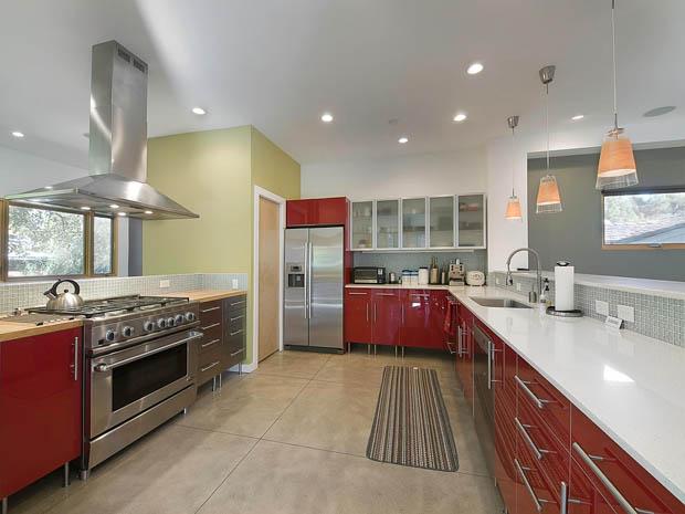 แบบห้องครัว สีแดง