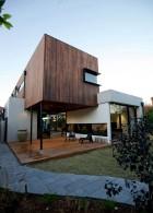 แบบบ้านใหม่ 2 ชั้น จัดสวนหย่อมหน้าบ้าน