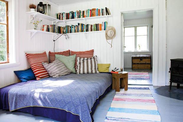 ผ้าทอ ทำเป็นผ้าปูที่นอน ห้องนอนแต่งแบบประหยัด