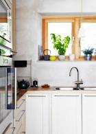 ห้องครัวเล็กๆ หน้าต่างรับแสง