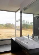แบบห้องน้ำ โล่งสบายๆ เห็นวิวภายนอก