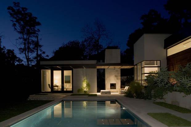 สระว่ายน้ำ หลังบ้าน แบบสระน้ำสวยๆ