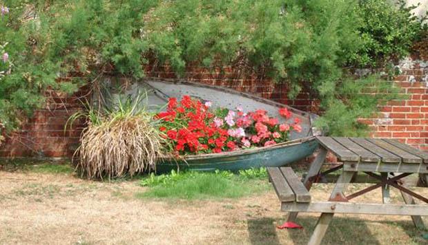 เรือจัดสวน