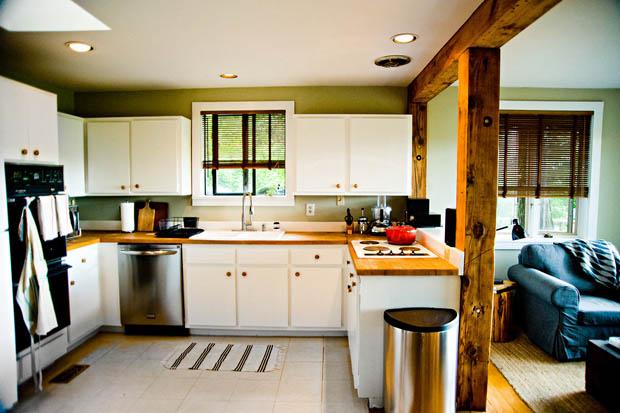 ห้องครัวขนาดเล็ก แต่งแบบประหยัด