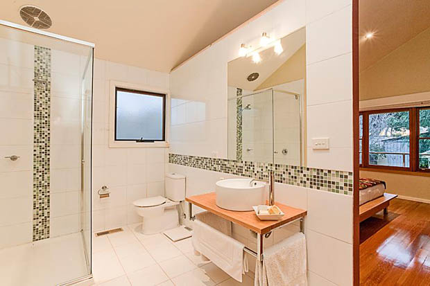แบบห้องน้ำ ภายในห้องนอน อ่างล้างหน้าแบบลอยตัว
