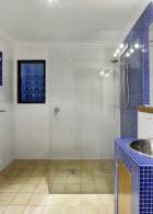 กระจกกั้นอาบน้ำ แต่งห้องน้ำสวยๆ