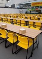 เก้าอี้ โต๊ะอาหารแบบยาว นั่งได้หลายสิบคน