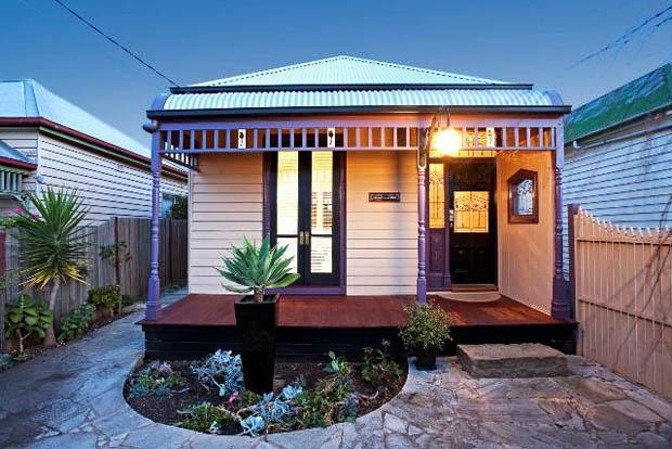 ออกแบบบ้านให้ดูน่ารัก มีระเบียงชายคา หน้าบ้าน