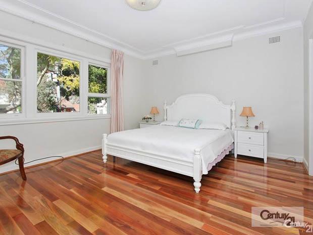เตียงนอนสวย สไตล์วินเทจ สีขาว