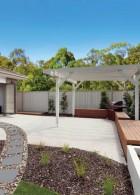 จัดสวนหน้าบ้าน มีซุ้มระแนงสวยๆ