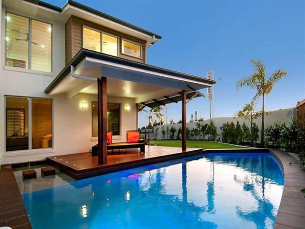 สร้างสระว่ายน้ำ ไว้หลังบ้าน