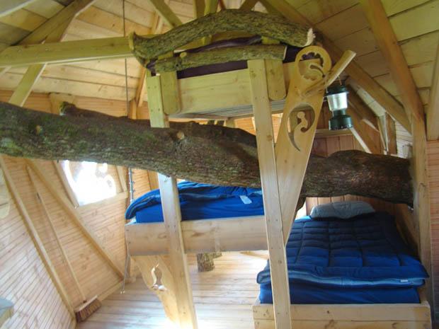 ห้องนอนบ้านไม้ บ้านต้นไม้
