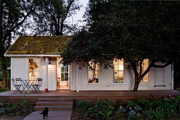 แบบบ้านชั้นเดียวสีขาวหลังเล็ก
