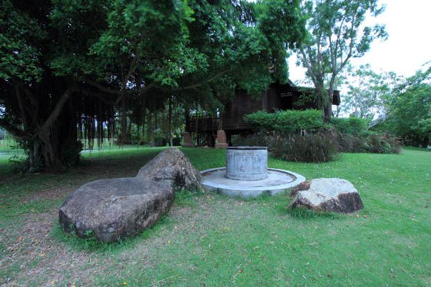 บ่อน้ำ สร้างบ่อน้ำไว้ใช้ ข้างบ้าน