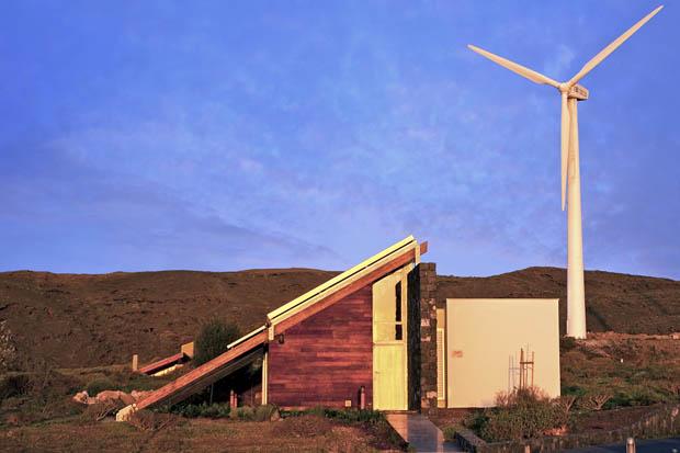 กังหันลม พลังงานไฟฟ้าทดแทน ติดตั้งที่บ้าน