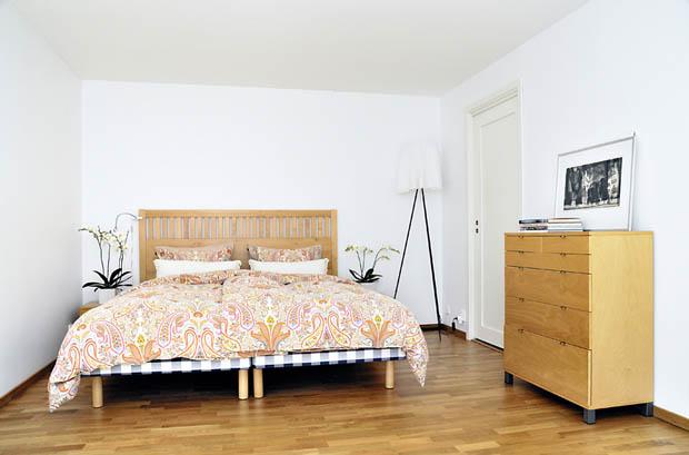 การปูพื้นไม้ในห้องนอน