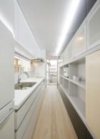 ออกแบบห้องครัวแคบมากๆ ให้สวยลงตัว