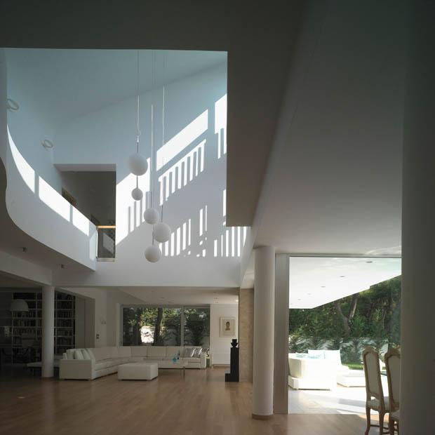 ออกแบบภายในบ้าน ให้สูงโปร่ง