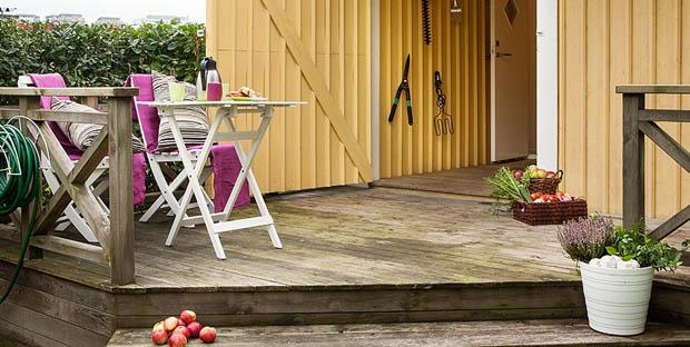 โต๊ะเก้าอี้นั่งเล่นนอกบ้าน
