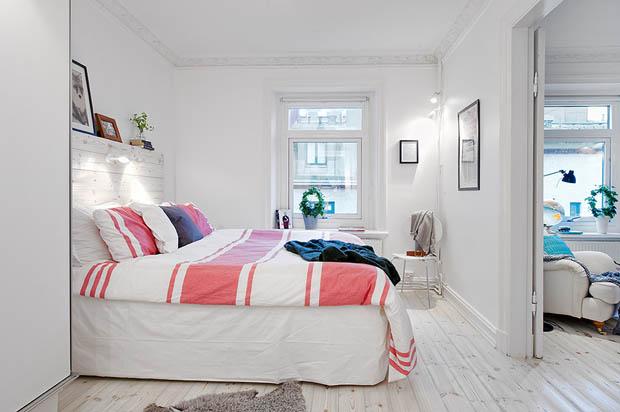 ห้องนอนสีขาวสบายๆ