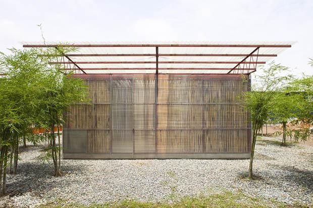 แบบบ้านบังกะโล ทำจากไม้ในท้องถิ่น
